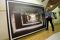 Příprava výstavy Věznice Uherské Hradiště v Redutě v Uherském Hradišti.