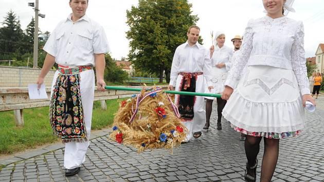 První letošní dožínky letos uspořádali v Jalubí.