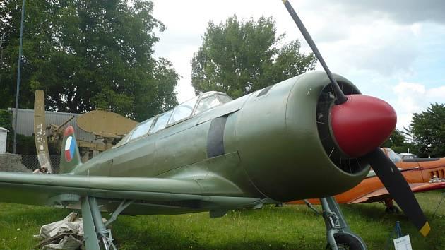 Cvičný letoun C-11 vznikl úpravou úspěšné sovětské stíhačky Jakovleva JAK-11. Kunovické muzeum vlastní jeden ze dvou exponátů, které se v České republice v současné době nacházejí.