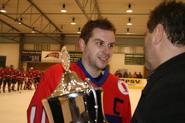 Druhé finálové utkání play off krajské ligy ZK vyhrálo opět Hradiště.