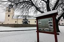 Horní Němčí v únoru 2021. Kostel sv. Petra a Pavla