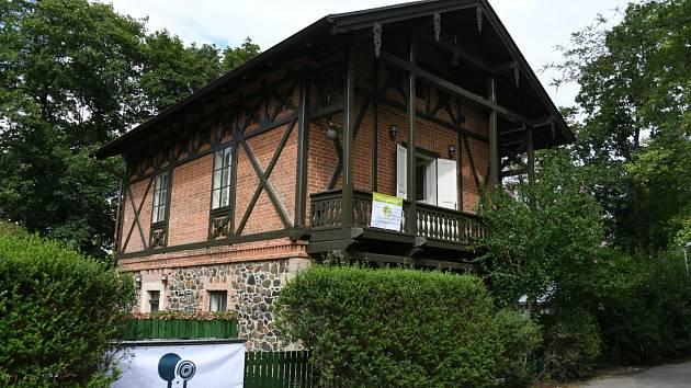 Nové komunitní centrum Domeček zaměřené především na generaci 55+ je už několik dnů otevřeno vpražské Královské oboře v Praze.