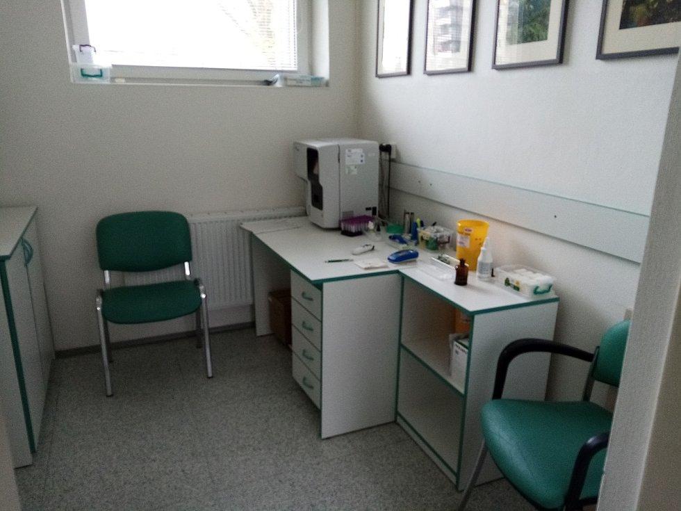 Transfuzní stanice Uherskohradišťské nemocnice v éře koronavirové 19. listopadu 2020.