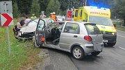 Těžké zranění si v sobotu vyžádala srážka motorkáře z Kroměřížska s osobním automobilem na silnici I/50 nedaleko Buchlovic.