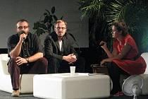 Předseda Asociace českých filmových klubů Petr Korč (vlevo) a umělecký ředitel LFŠ Pavel Bednařík.