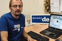 Pavel Bednařík v redakci Slováckého deníku.