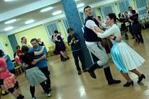 Pátý ročník semináře Učíme se lidové tance na ZŠ Na Výsluní v Uherském Brodě.