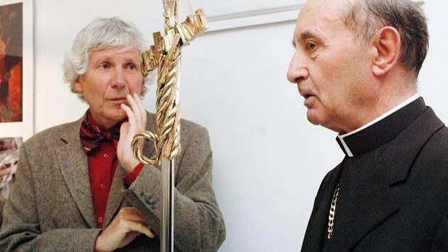 Otmar Oliva (vlevo) a mariborský arcibiskup Franc Kramberger.