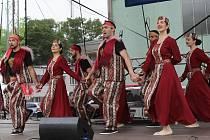 Arménský den na Bílokarpatských slavnostech v Uherském Brodě. Arménský soubor Kilikia.