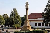 Mariánský sloup na náměstí v Buchlovicích se dočkal omlazení.