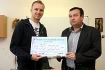 Fotbalista Michal Kadlec ve Střední praktické škole MESIT v Uherském Hradišti.