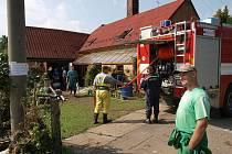 Vlčnovští hasiči pomáhali lidem postižených povodní na Liberecku  v roce 2010. Ilustrační foto