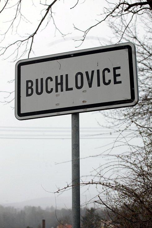 Do katastru městyse Buchlovice patří také zámek Buchlovice se zahradou, hrad Buchlov i lokality Trnávky či turisticky exponovaná Smraďavka s Lázněmi Leopoldov.