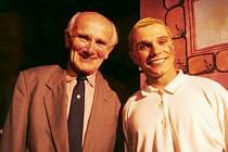David Vaculík (vpravo) se skutečným Jindrou Hojerem.