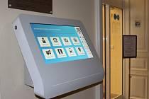 Četné informace o Uherském Hradišti najdou zájemci na novém informačním panelu v sídle radnice.