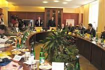 V centrále Hamé v Kunovicích se 4. dubna představil nový většinový akcionář z Islandu.