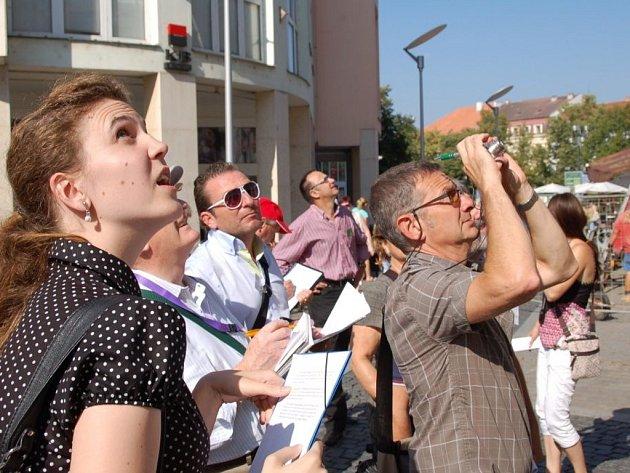 Skupina mezinárodních komisařů se v pondělí vydala na šestihodinovou prohlídku Uherského Hradiště.