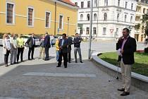 Vedení Uherského Hradiště v úterý 8. září na Komenského náměstí symbolicky ukončilo práce na obnově centra města.