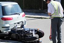 Vyšetřování dopravní nehody.