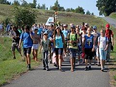 Desítky kilometrů měli za sebou věřící poutníci, kteří dorazili v sobotu dopoledne na Velehrad.