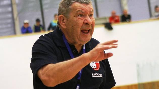 Legendární házenkářský trenér Jiří Zerzáň