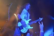 Festival EVIL DEATH VOL. 1. navázal na tradiční vánoční koncerty kapely Hypnos v klubu Mír v předchozích letech.