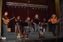 Zuzana Michnová, Oskar Petr a Petr Kalandra Memory Band zavítali v sobotu 10. prosince večer do Uherského Hradiště, aby tam odehráli koncert v rámci letošního Marsyas Tour 2011.