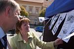 Milena Marešová s dopisovatelem rubriky Čtenář-reportér.