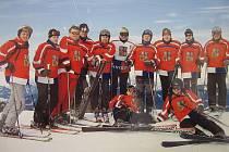 Mladší část SDH Mařatice na každoroční fyzické přípravě na horách.
