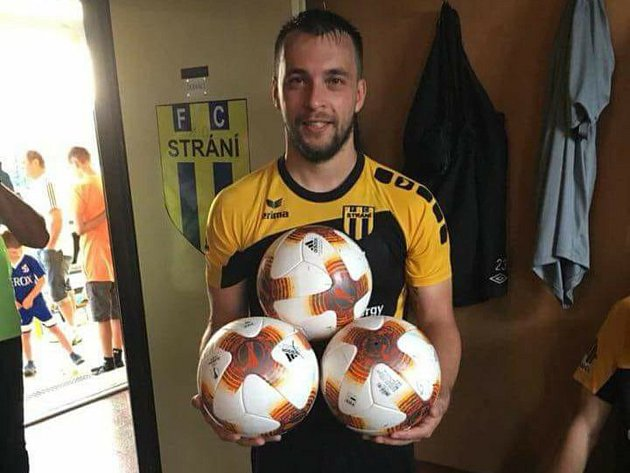 Třicetiletý záložník Strání Libor Pilka si ve 26. kole divize D proti Havlíčkovu Brodu připsal hattrick a dvě asistence.