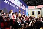 Pěvecký sbor Stojanova gymnázia zazářil při večerním koncertu.
