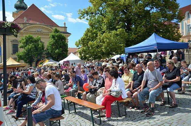 Uherský Brod o víkendu ožil Bílokarpatskými slavnostmi.