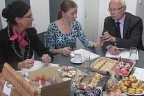 ODBORNÁ KOMISE v těchto dnech posuzovala jednotlivé žádosti o přidělení ochranné známky Tradiční výrobek Slovácka.