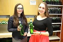 Na výstavě vín vBabicích mohli vínomilci hodnotit nejen vína oceněná titulem šampion, ale všech vystavených 215 vzorků vinných moků.