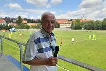Fotbalisté Dolního Němčí mají novou tribunu i kabiny, které v sobotu slavnostně otevřeli.