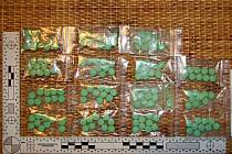 Policisté objevili velké množství drog u bratrů v Uherském Brodě.