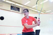 Nejlepší squashový junior Marek Panáček se chce na šampionátu vOstravě probojovat do semifinále.