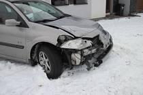 Do skříně plynové přípojky se naboural řidič v Uherském Brodě.
