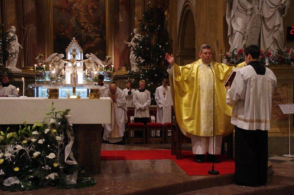 Půlnoční mše ve velehradské bazilice Nanebevzetí Panny Marie a sv. Cyrila a Metoděje