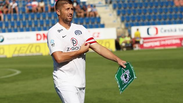 1. FC Slovácko. Na snímku Veliče Šumulikoski.
