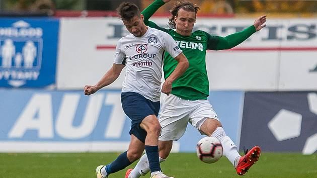 Zápas 11. kola první fotbalové ligy mezi týmy FK Jablonec a FC Slovácko se odehrál 7. října na stadionu Střelnice v Jablonci nad Nisou. Na snímku vpravo je Matěj Hanousek.