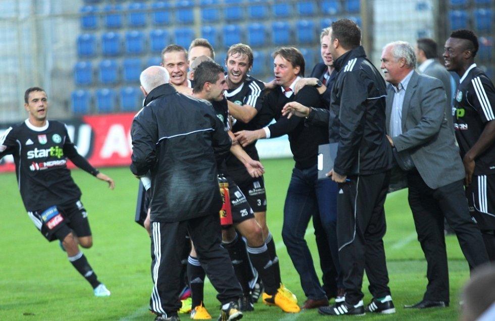 1. FC Slovácko vs. Příbram - Radost Příbrami po brance na 0:1