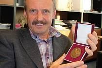 Antonín Ondráš získal v minulých dnech medaili svatého Jana Sarkandera.