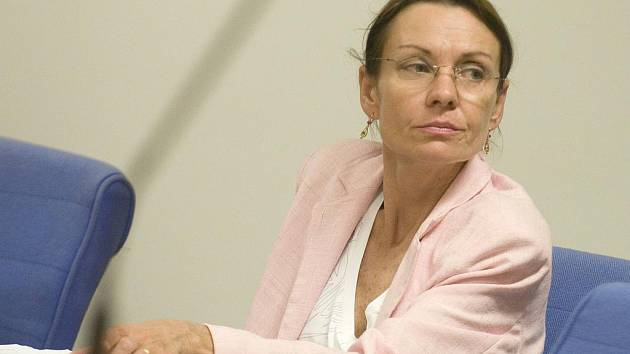 Část vylákaných peněz Milena Motyčková prý prohrála v ruletě. Další částku použila na dostavbu svého domu.