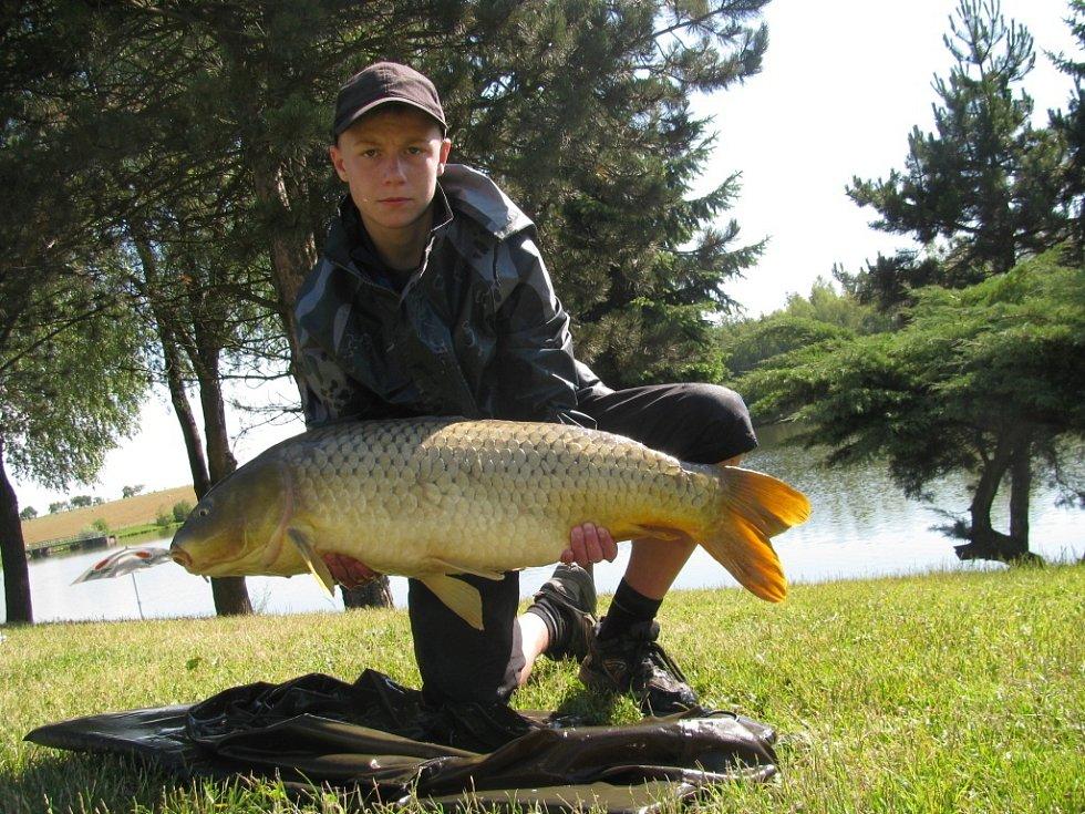 Soutěžní číslo 151 - Jakub Leskovjan, kapr, 93 cm, 11,5 kg.