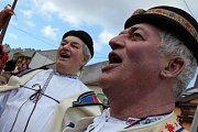 Fašankáři v bílovických Včelarech předvedli vlastní zpracování ruského baletu pod názvem Slepičí jezero.