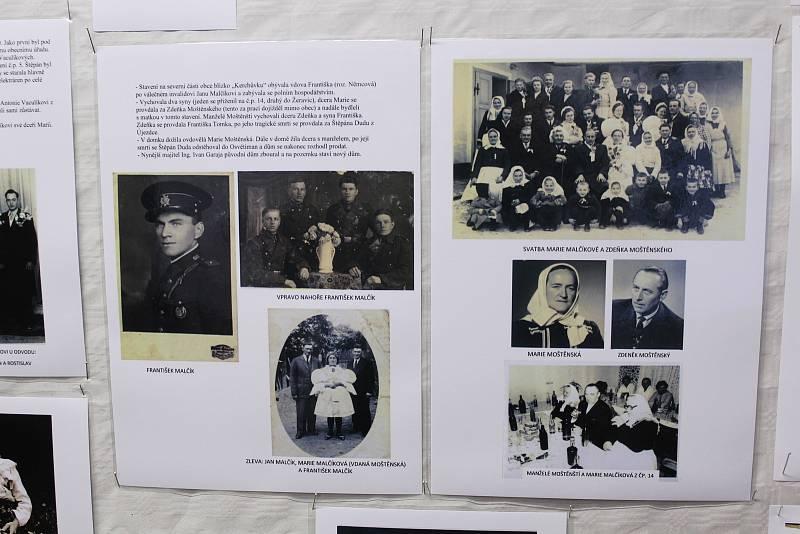 Volby 2021 v Hostějově. Výstava k výročí 650 let písemné zmínky o obci.