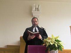Michal Vogl slouží bohoslužby pro evangelíky v Hradišti, Brodě i Luhačovicích.