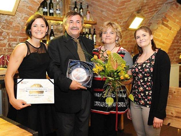 S manželkou Evou má Vladimír Salčák dvě dcery – Martinu (vpravo) a Kristýnu, která je kapitánkou českého reprezentačního týmu.