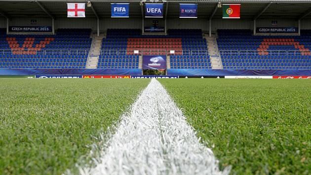 Fotbalový stadion Miroslava Valenty v Uherském Hradišti. Ilustrační foto.